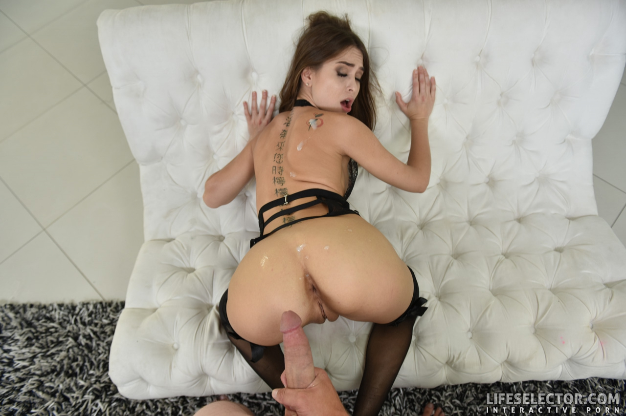 Amateur Allure Riley Reid